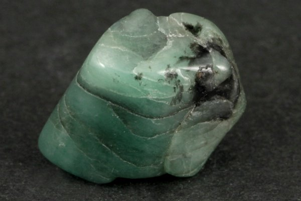 エメラルド 原石 磨き 9.6g