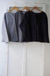 STAMP AND DIARY(スタンプアンドダイアリー) ノーカラーBOXシルエットジャケット
