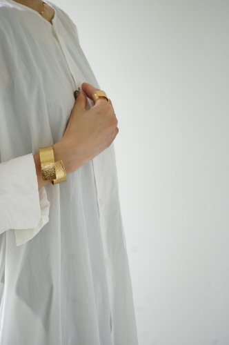 NAGAE+(ナガエプリュス)《ブレスレット》 TIN BREATH 20mm Gold plate