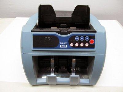 【紙幣計数機】 Daito /紙幣計数機 DN-600【中古】作業効率化/自動紙幣計数機
