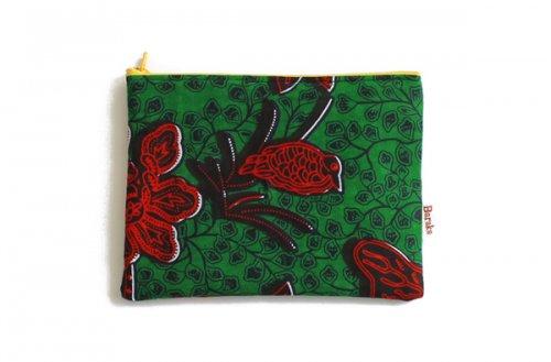 アフリカの布キテンゲ 平ポーチ 中2 (グリーン)ふわふわ中綿入り大中小 3サイズ展開