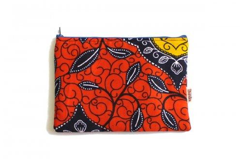 アフリカの布キテンゲ 平ポーチ 中6 (レッド)ふわふわ中綿入り大中小 3サイズ展開
