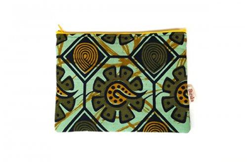 アフリカの布キテンゲ 平ポーチ 中8 (グリーン)ふわふわ中綿入り大中小 3サイズ展開