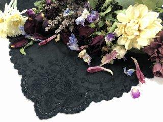 可憐な花刺繍のレースハンカチ【アネモネ】ブラック