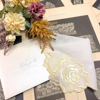 バラ刺繍ハンカチ【シルキーローズ】イエロー×ホワイト