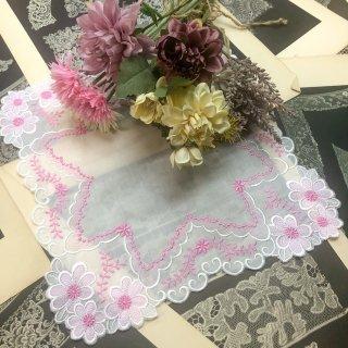 可愛さ最上級ファッションレースハンカチ【マーガレット】ホワイト×ピンク×ピンクラメ