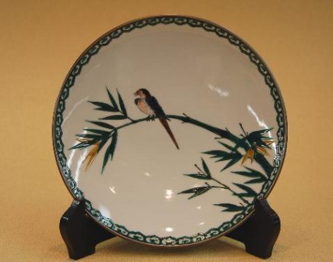 九谷焼飾皿 竹に鳥 三代 三ツ井為吉