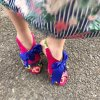 <img class='new_mark_img1' src='//img.shop-pro.jp/img/new/icons24.gif' style='border:none;display:inline;margin:0px;padding:0px;width:auto;' />【IRREGULAR CHOICE】ビビッドカラーのフラワー柄サンダル(BELOW THE BELT)