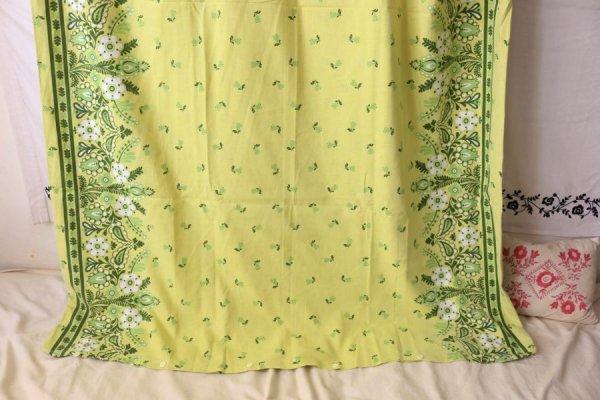 フォークロア調植物模様の布団カバー