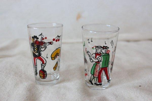 ダンスと楽団のミニグラス