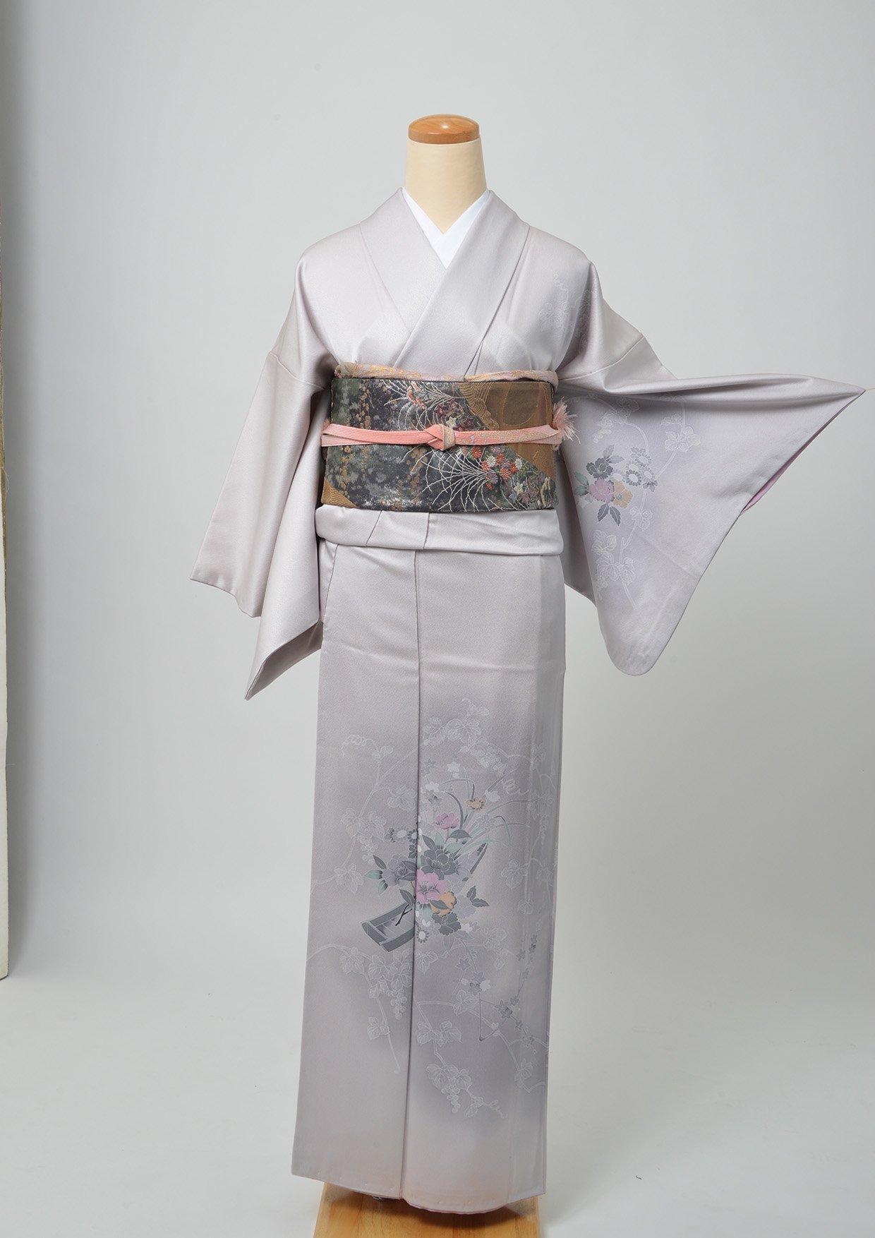 11. レンタル着物/薄い紫に小舟と花 訪問着