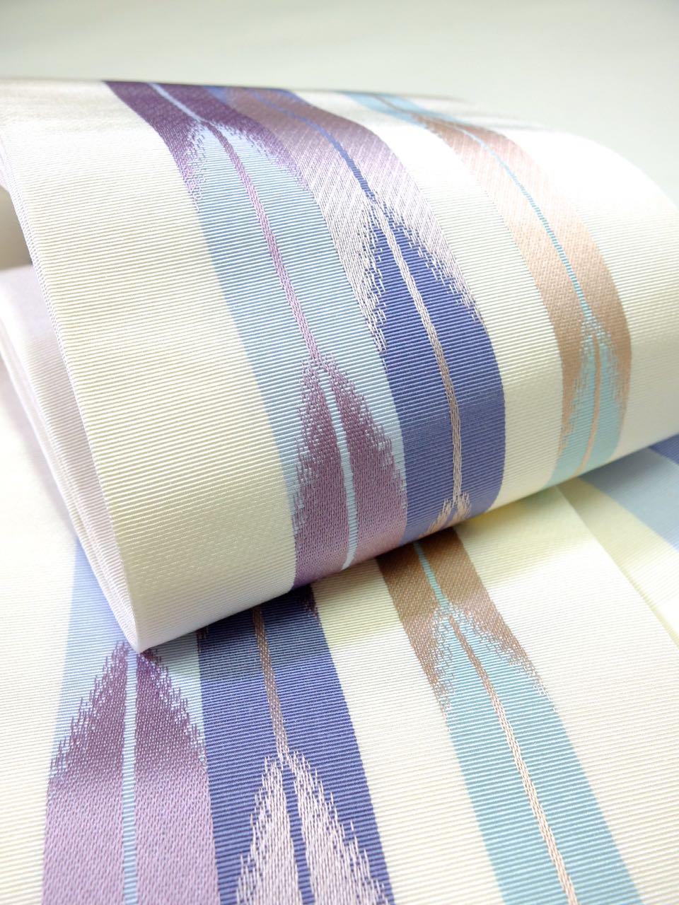 博多織 矢羽根 白地に紫