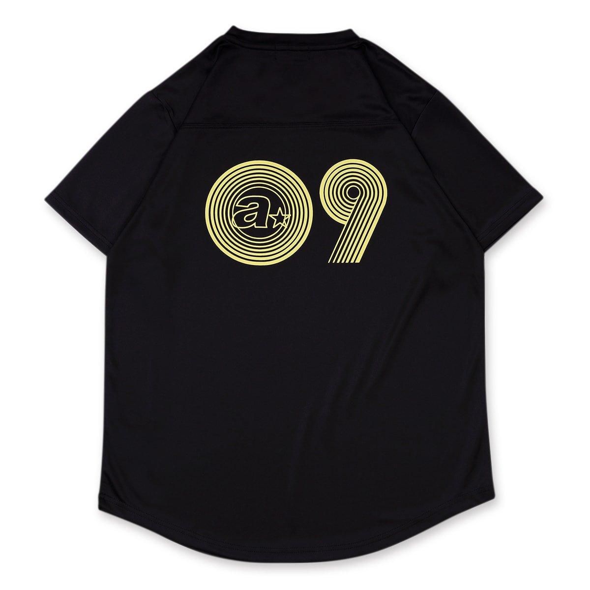 バスケ アーチ スポーティーロゴ09 Tシャツ ブラック