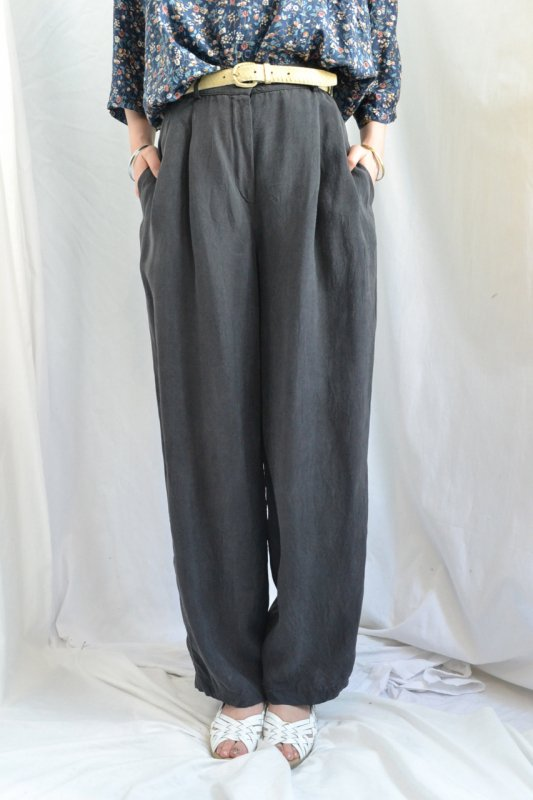 Vintage black gray tuck pants