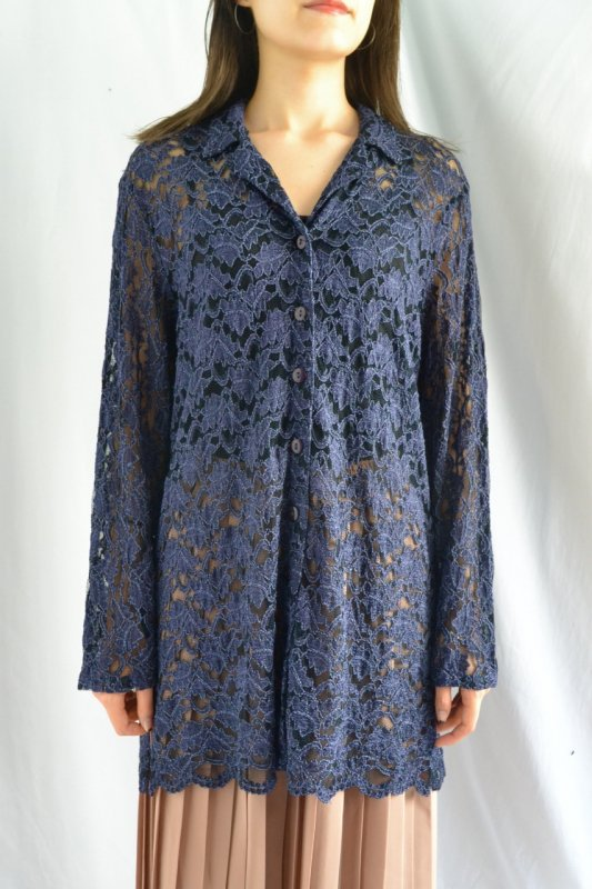 <img class='new_mark_img1' src='https://lara-vintage.shop-pro.jp/img/new/icons8.gif' style='border:none;display:inline;margin:0px;padding:0px;width:auto;' />Vintage navy color see��through lace blouse