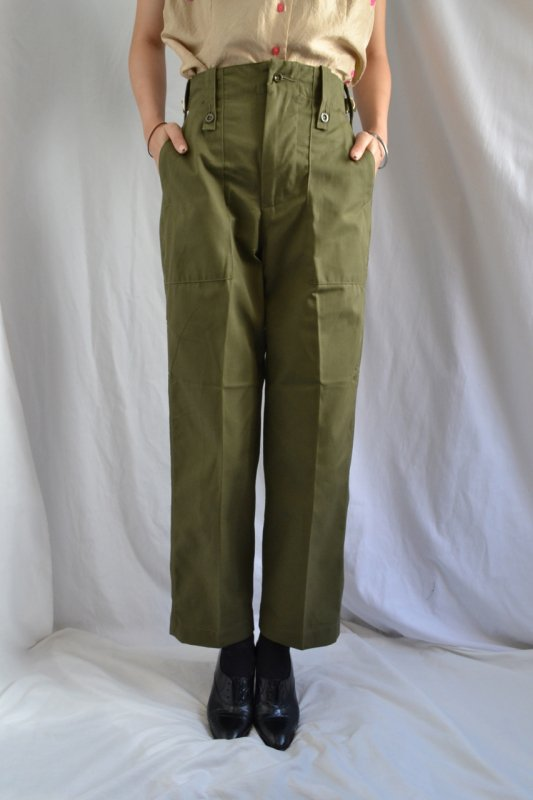 <img class='new_mark_img1' src='https://lara-vintage.shop-pro.jp/img/new/icons8.gif' style='border:none;display:inline;margin:0px;padding:0px;width:auto;' />British army womens baker pants