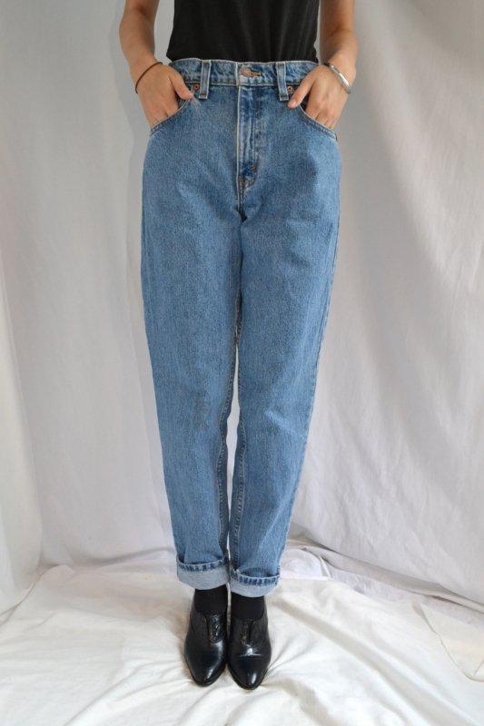 <img class='new_mark_img1' src='https://lara-vintage.shop-pro.jp/img/new/icons8.gif' style='border:none;display:inline;margin:0px;padding:0px;width:auto;' />vintage Levi's denim pants