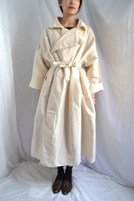 <img class='new_mark_img1' src='https://img.shop-pro.jp/img/new/icons50.gif' style='border:none;display:inline;margin:0px;padding:0px;width:auto;' />1930's vintage france military hospital linen coat