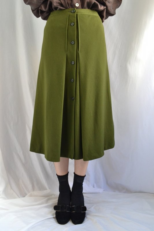 <img class='new_mark_img1' src='https://lara-vintage.shop-pro.jp/img/new/icons8.gif' style='border:none;display:inline;margin:0px;padding:0px;width:auto;' />vintage front open wool skirt