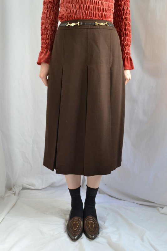 <img class='new_mark_img1' src='https://img.shop-pro.jp/img/new/icons8.gif' style='border:none;display:inline;margin:0px;padding:0px;width:auto;' />1980's CELINE vintage wool brown skirt