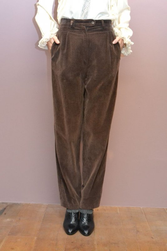 Vintage brown velveteen pants