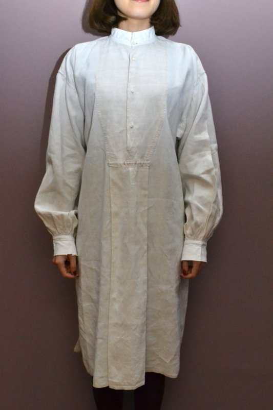 <img class='new_mark_img1' src='https://img.shop-pro.jp/img/new/icons50.gif' style='border:none;display:inline;margin:0px;padding:0px;width:auto;' />1900's France antique linen smock dress
