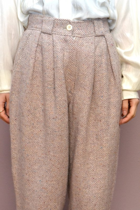 Pink beije herringbone tweed tuck pants