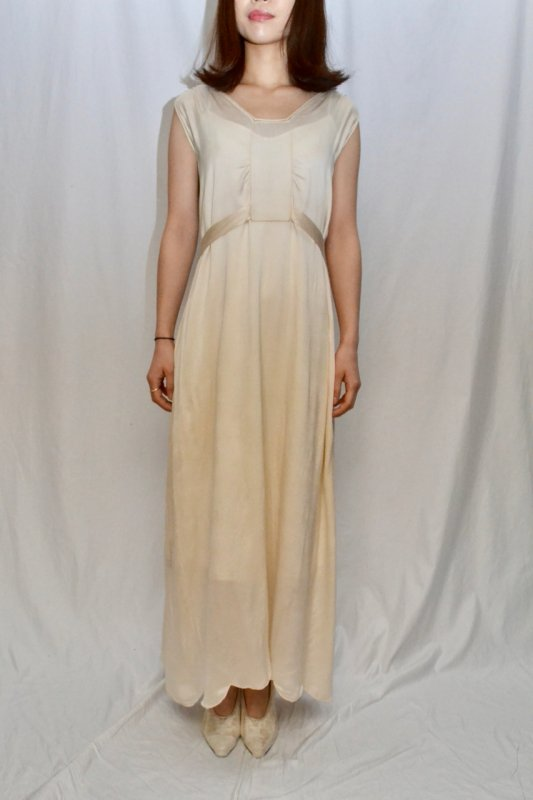 <img class='new_mark_img1' src='https://img.shop-pro.jp/img/new/icons50.gif' style='border:none;display:inline;margin:0px;padding:0px;width:auto;' />1930's france antique nightie dress