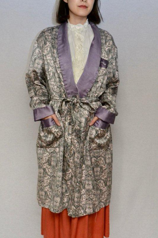 Light purple paisley pattern vintage gown