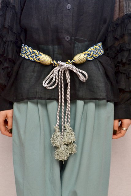 <img class='new_mark_img1' src='https://img.shop-pro.jp/img/new/icons8.gif' style='border:none;display:inline;margin:0px;padding:0px;width:auto;' />Antique tassel belt
