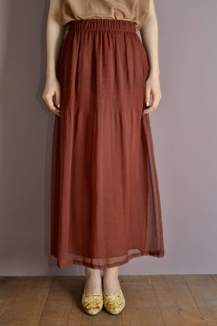 <img class='new_mark_img1' src='https://img.shop-pro.jp/img/new/icons8.gif' style='border:none;display:inline;margin:0px;padding:0px;width:auto;' />Reddish brown color see‐through design vintage long skirt