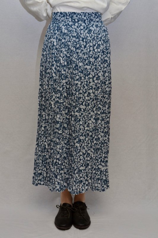 <img class='new_mark_img1' src='https://img.shop-pro.jp/img/new/icons50.gif' style='border:none;display:inline;margin:0px;padding:0px;width:auto;' />Washer finish flower print vintage long skirt