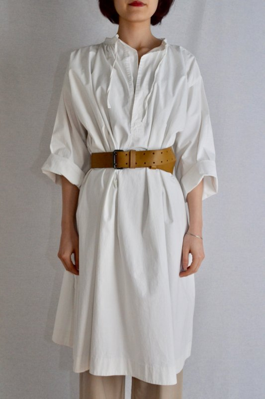 <img class='new_mark_img1' src='https://img.shop-pro.jp/img/new/icons8.gif' style='border:none;display:inline;margin:0px;padding:0px;width:auto;' />1930's Belgium vintage cotton smock dress