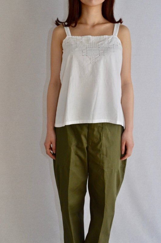 <img class='new_mark_img1' src='https://img.shop-pro.jp/img/new/icons8.gif' style='border:none;display:inline;margin:0px;padding:0px;width:auto;' />1930's Antique cotton lace camisole