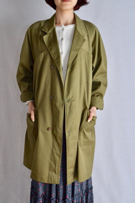 <img class='new_mark_img1' src='https://img.shop-pro.jp/img/new/icons50.gif' style='border:none;display:inline;margin:0px;padding:0px;width:auto;' />Vintage khaki work coat