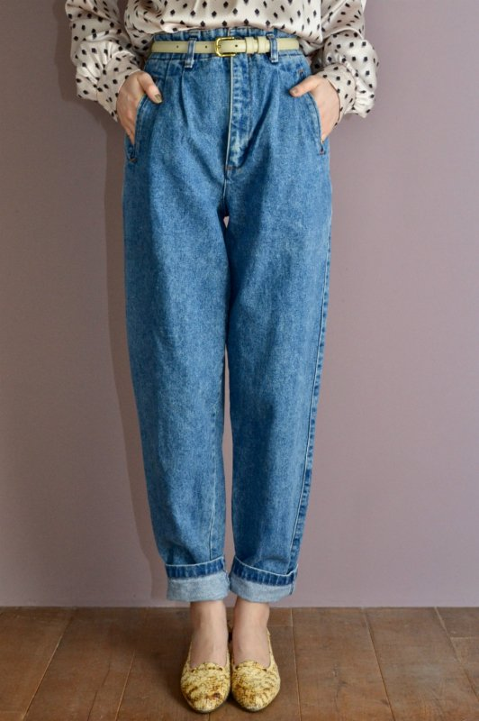 <img class='new_mark_img1' src='https://img.shop-pro.jp/img/new/icons50.gif' style='border:none;display:inline;margin:0px;padding:0px;width:auto;' />Vintage high waist design denim pants
