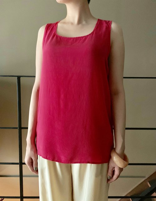 Pink red vintage silk sleeveless tops