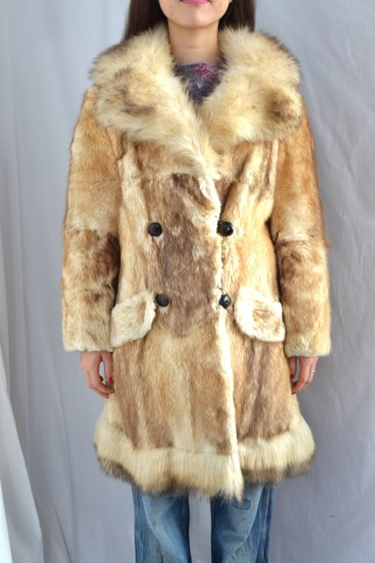 Double breasted vintage fur coat