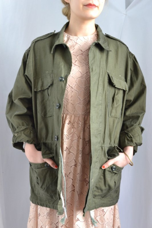 <img class='new_mark_img1' src='http://lara-vintage.shop-pro.jp/img/new/icons8.gif' style='border:none;display:inline;margin:0px;padding:0px;width:auto;' />Greece military vintage jacket