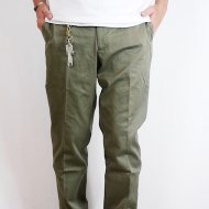 D.C.WHITE<br/>CHINO TROUSER BASIC (OLIVE)