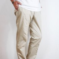 D.C.WHITE<br/>CHINO TROUSER BASIC (BEIGE)