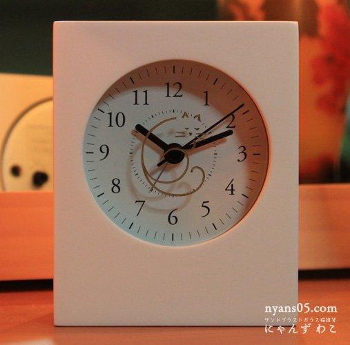猫柄目覚まし時計(ホワイト・スクエアロング)CL-16