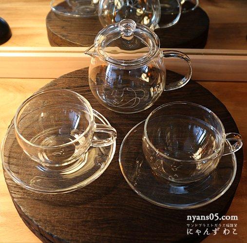 猫柄耐熱ガラス・ティーセット(ティーポット+カップ&ソーサ・ペア)T-SET-11