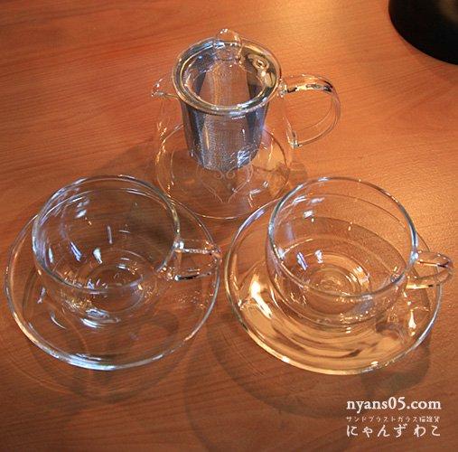 猫柄耐熱ガラス・ティーセット(ティーポット+カップ&ソーサ・ペア)T-SET-13