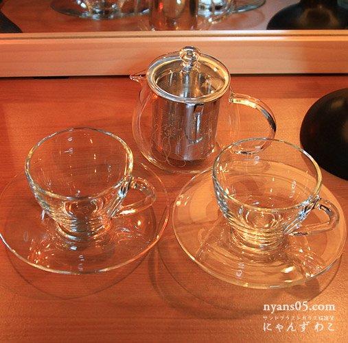 猫柄耐熱ガラス・ティーセット(ティーポット+カップ&ソーサ・ペア)T-SET-9
