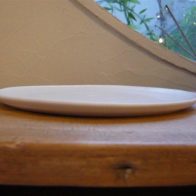 照井壮 乳白釉6寸皿 2