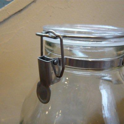 取手付き密封ガラス瓶 4