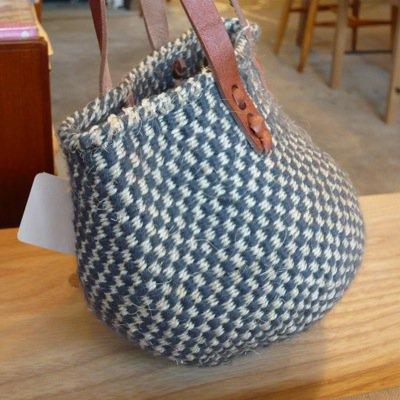 ウールサイザル革手バッグ ミニチェッカー柄 4
