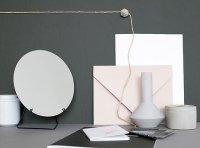 MOEBE | STANDING MIRROR (black) 20cm | 卓上ミラー/鏡【北欧 リビング インテリア シンプル】の商品画像