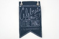 URBAN BIRD & CO. | CELEBRATE THE LITTLE THINGS (blue) | フェルト・バナー